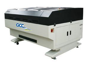 GCC LaserPro X500II lézeres vágó és gravírozógép